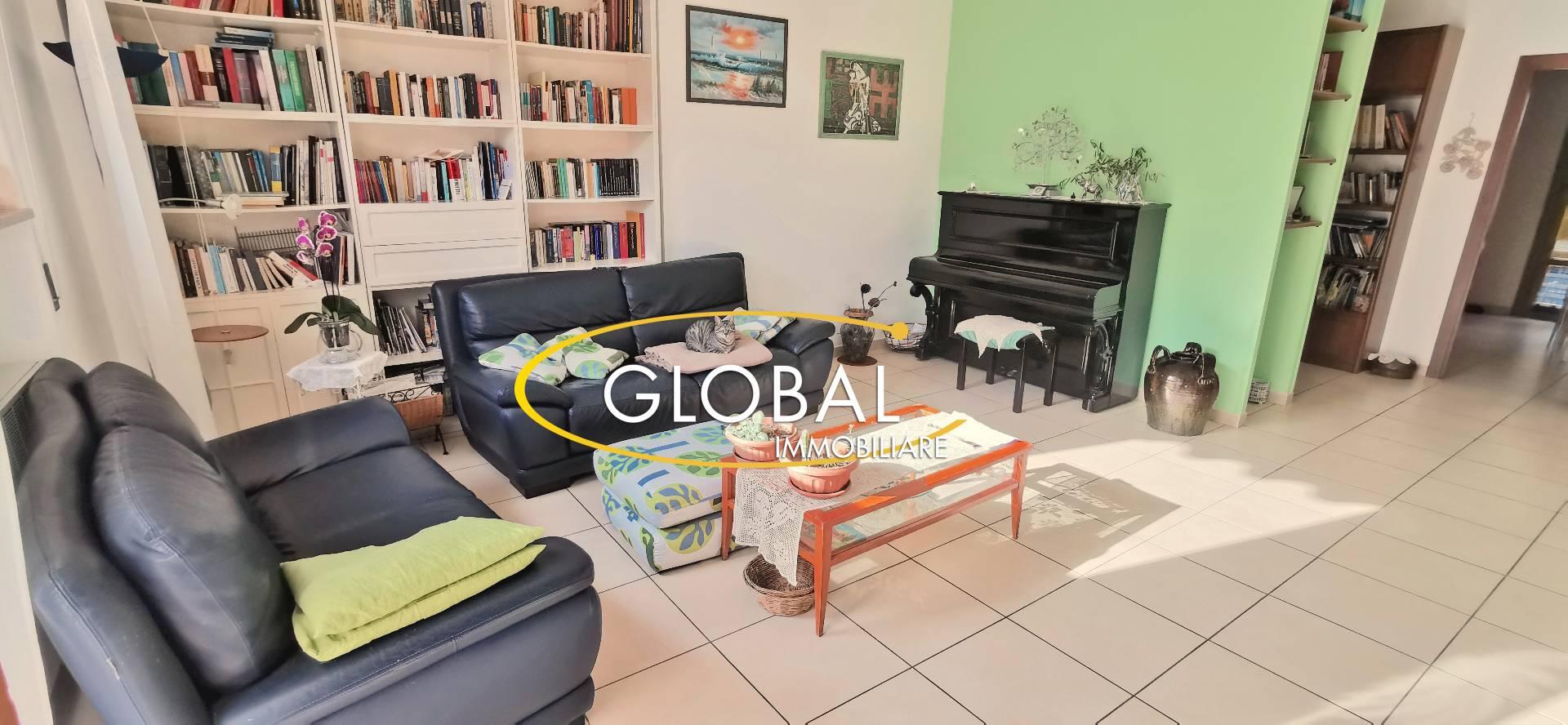 Appartamento in vendita a Ancona, 4 locali, zona Località: B.Bianche, prezzo € 210.000   PortaleAgenzieImmobiliari.it
