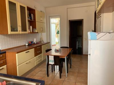 Villa in Affitto a Ancona