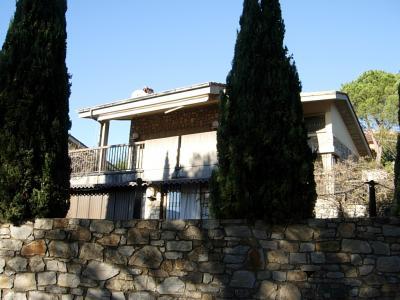 VILLA BIFAMILIARE in Vendita a Andora