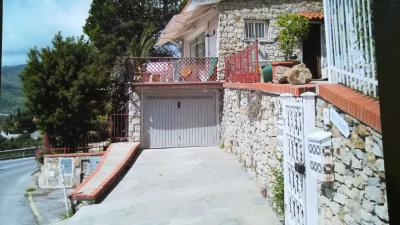 Villa for Sale to Andora