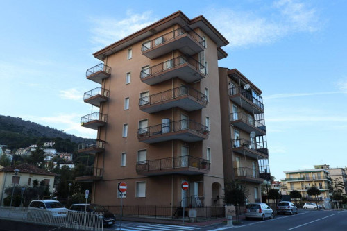 Two-room flat for Sale to Andora