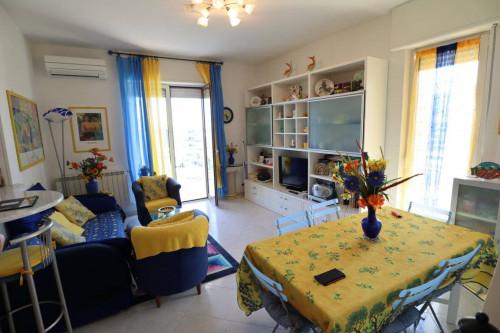 Dreizimmerwohnung in Kauf bis Andora