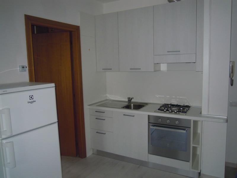 Appartamento in affitto a Montebelluna, 2 locali, zona Località: LaPieve, prezzo € 400 | Cambio Casa.it