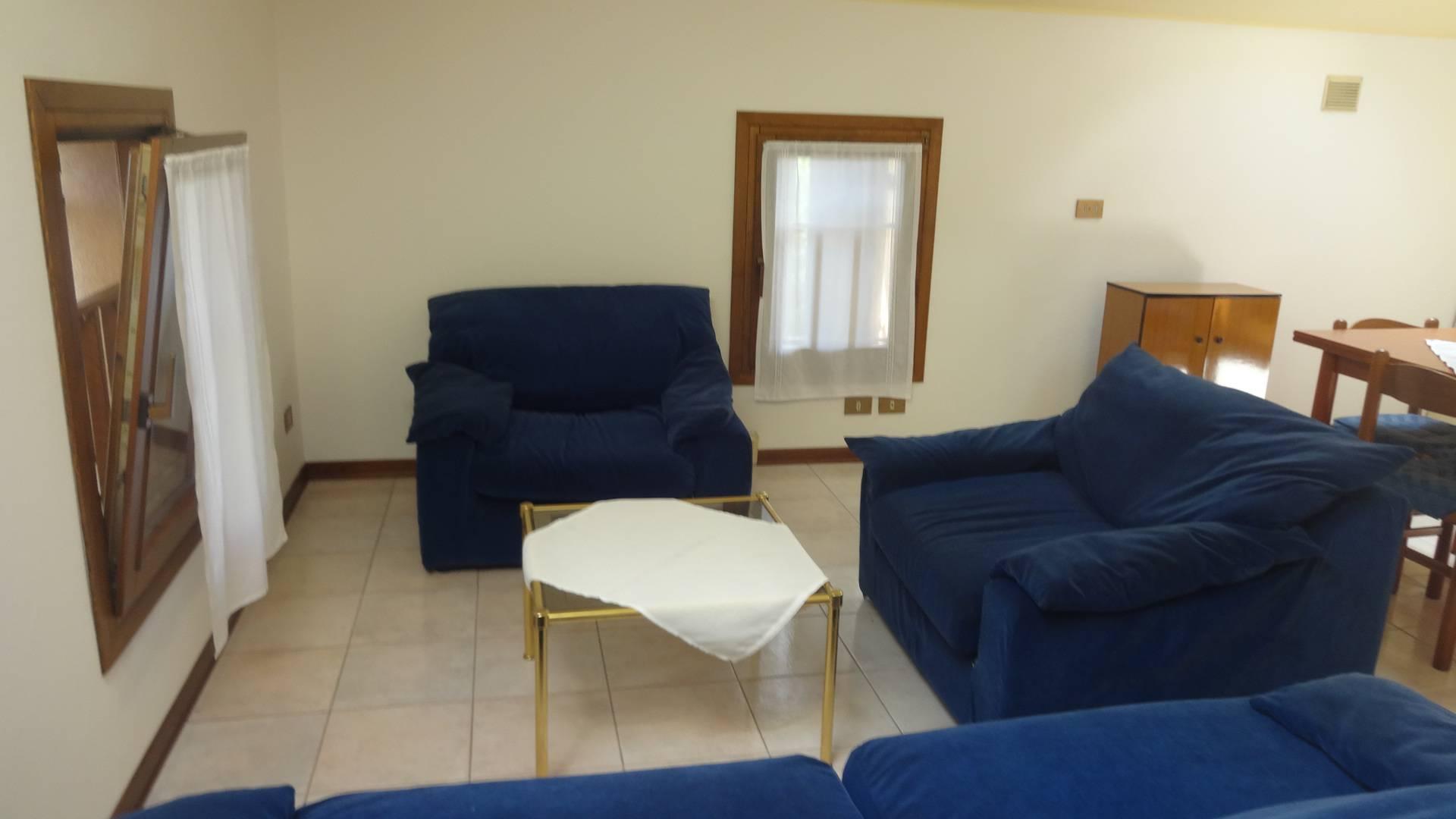 Appartamento in affitto a Montebelluna, 3 locali, zona Zona: Guarda, prezzo € 430 | Cambio Casa.it