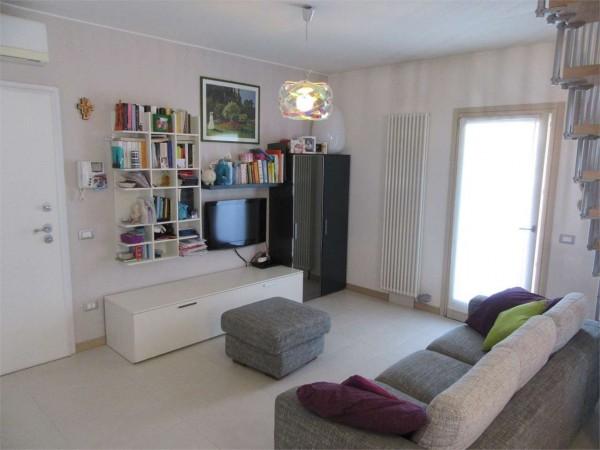 Appartamento in vendita a Crocetta del Montello, 3 locali, zona Zona: Nogarè, prezzo € 125.000 | Cambio Casa.it