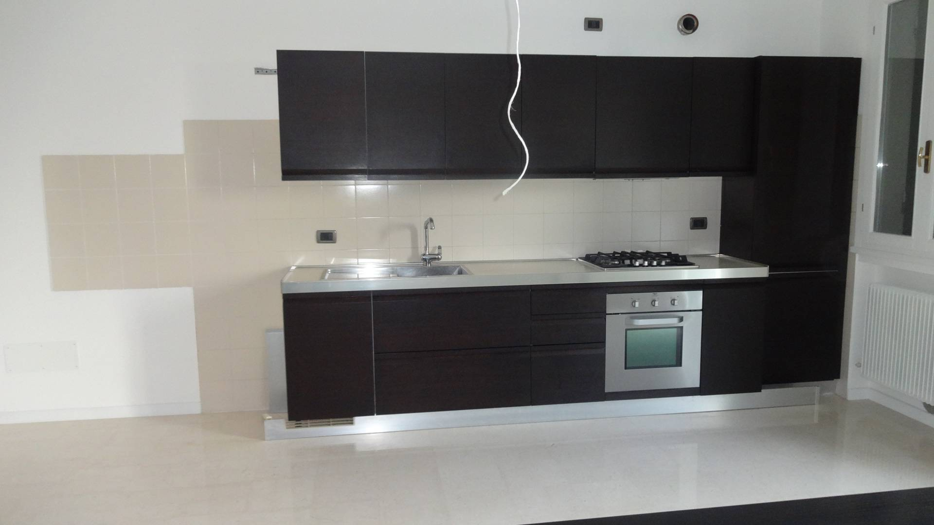 Appartamento in affitto a Montebelluna, 4 locali, zona Località: LaPieve, prezzo € 600 | Cambio Casa.it