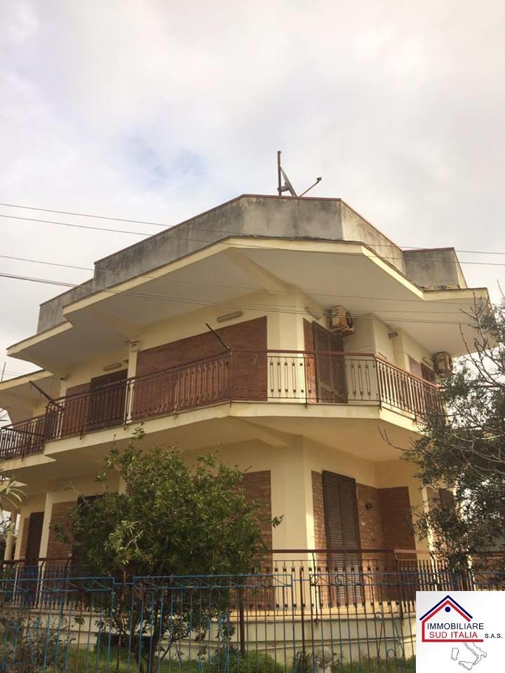 Appartamento in vendita a Castel Volturno, 2 locali, zona Località: IschitellaLido, prezzo € 49.000 | CambioCasa.it