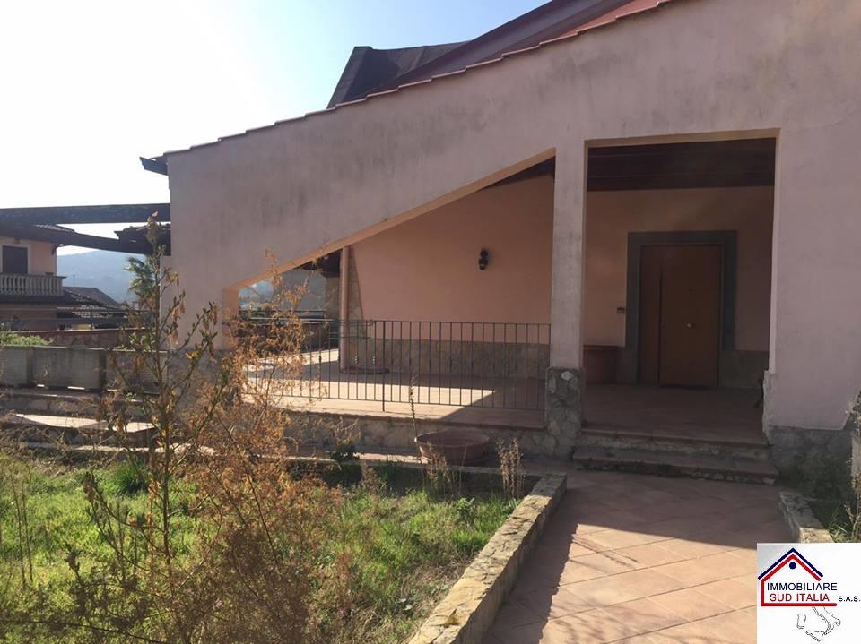 Villa in affitto a Quarto, 4 locali, prezzo € 850 | Cambio Casa.it