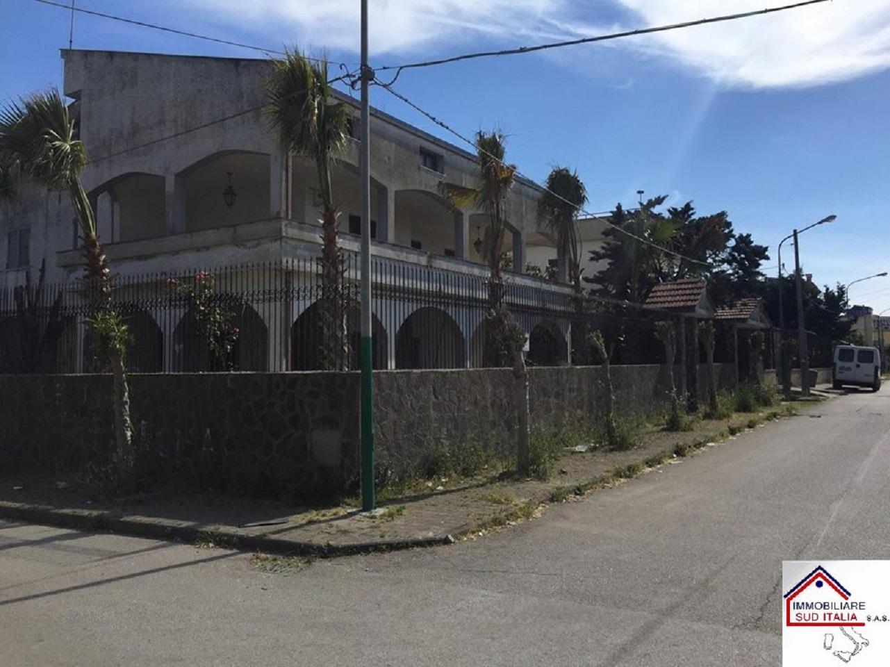 Villa in Vendita a Castel Volturno
