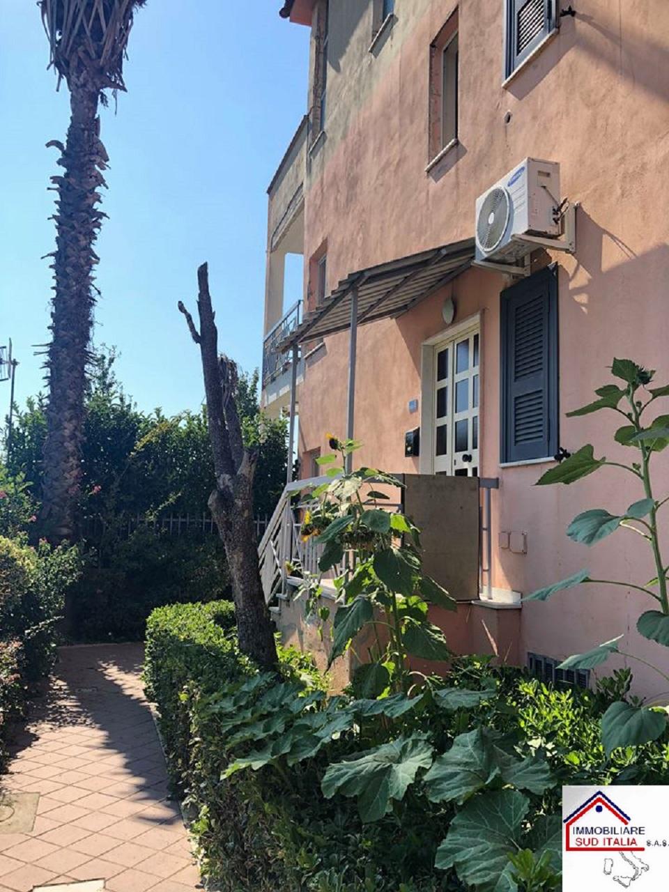 Appartamento in affitto a Qualiano, 3 locali, prezzo € 450 | CambioCasa.it