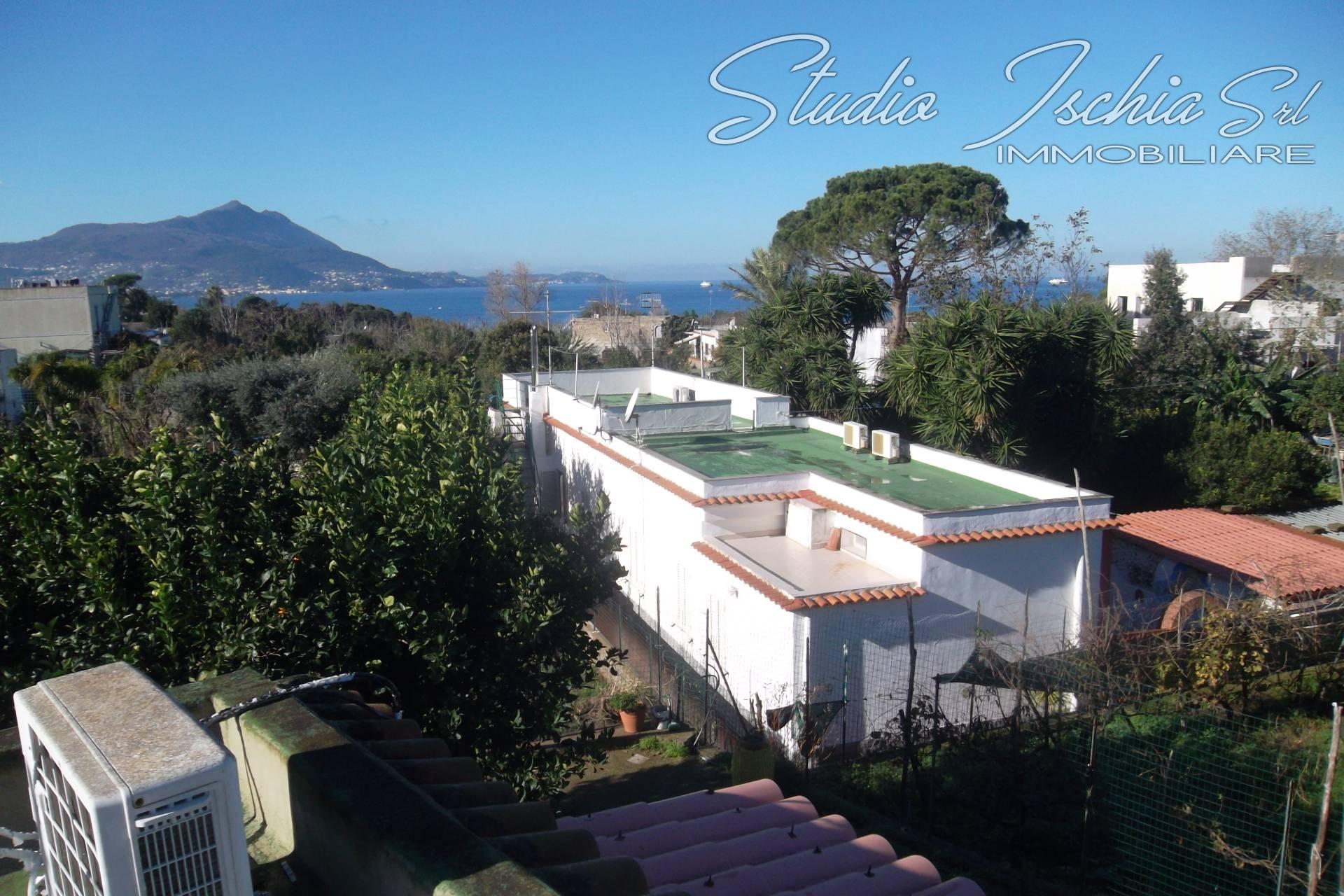 Appartamento in vendita a Procida, 4 locali, Trattative riservate | Cambio Casa.it