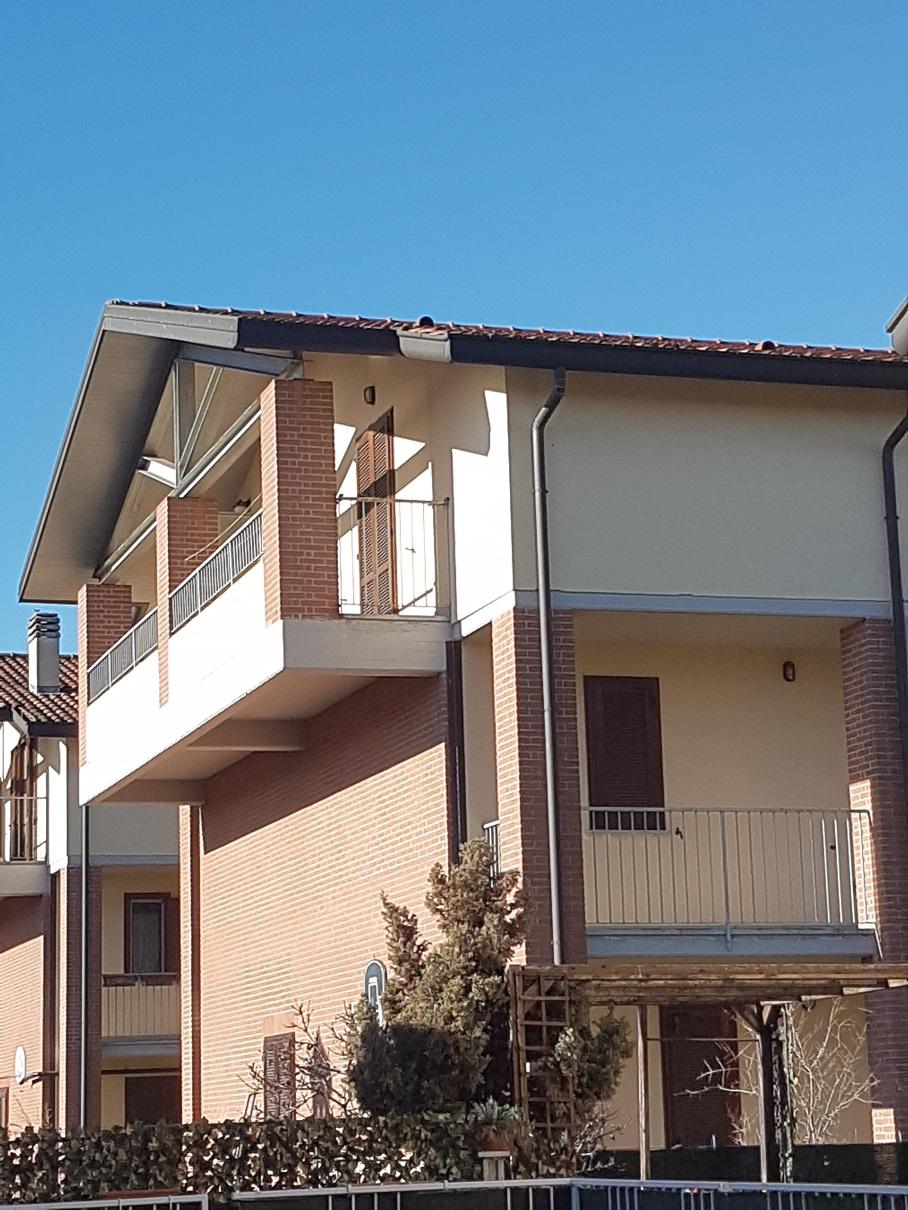 Appartamento in vendita a Cavenago d'Adda, 3 locali, prezzo € 80.000 | Cambio Casa.it