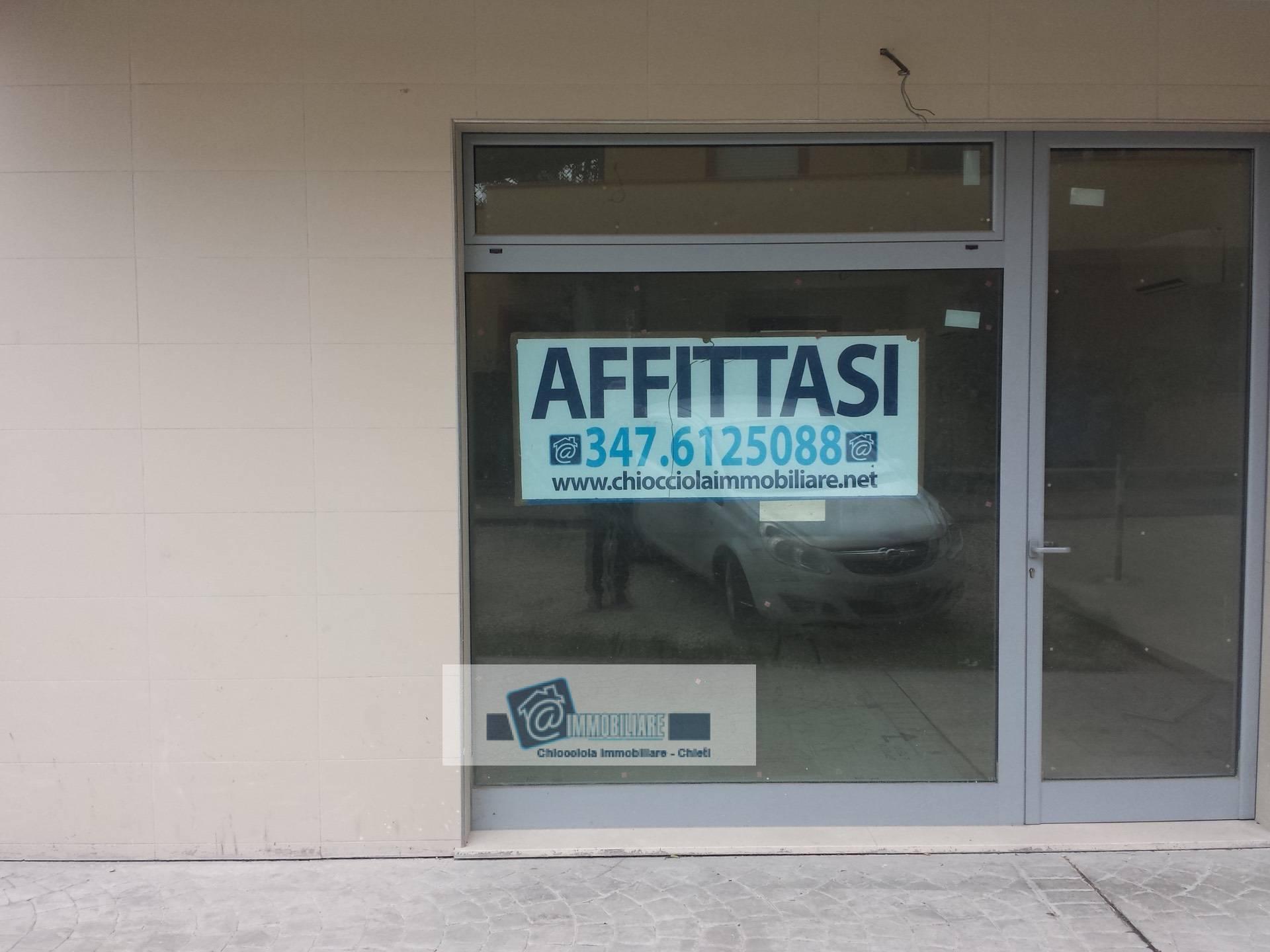 Fondo commerciale in affitto a Chieti (CH)