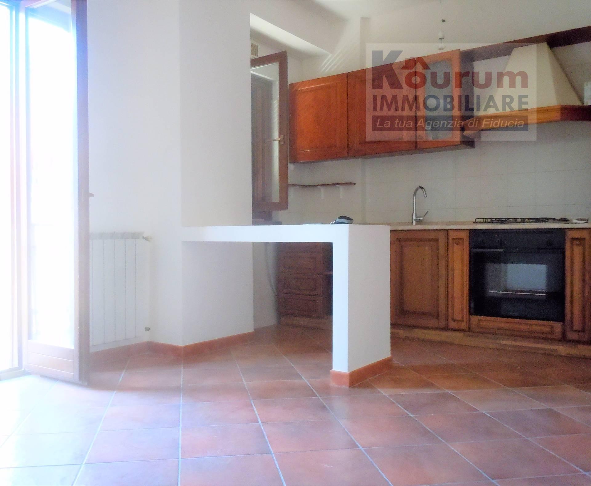 Appartamento in affitto a Ciampino, 2 locali, zona Località: AcquaAcetosa, prezzo € 590 | Cambio Casa.it