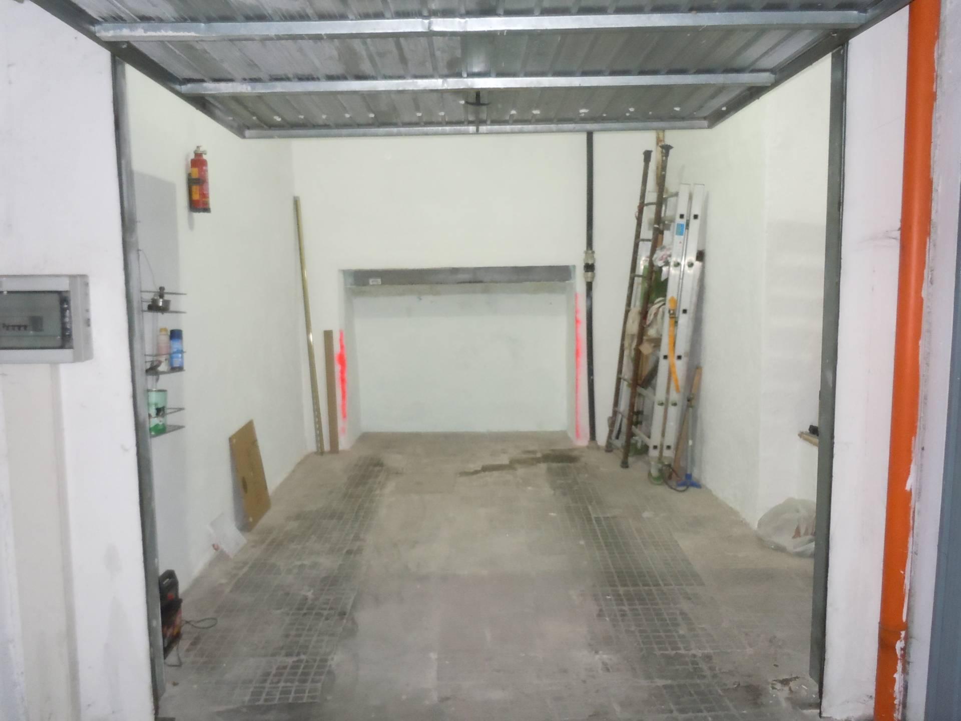 Box / Garage in vendita a Ciampino, 9999 locali, zona Località: Centro, prezzo € 23.000   CambioCasa.it