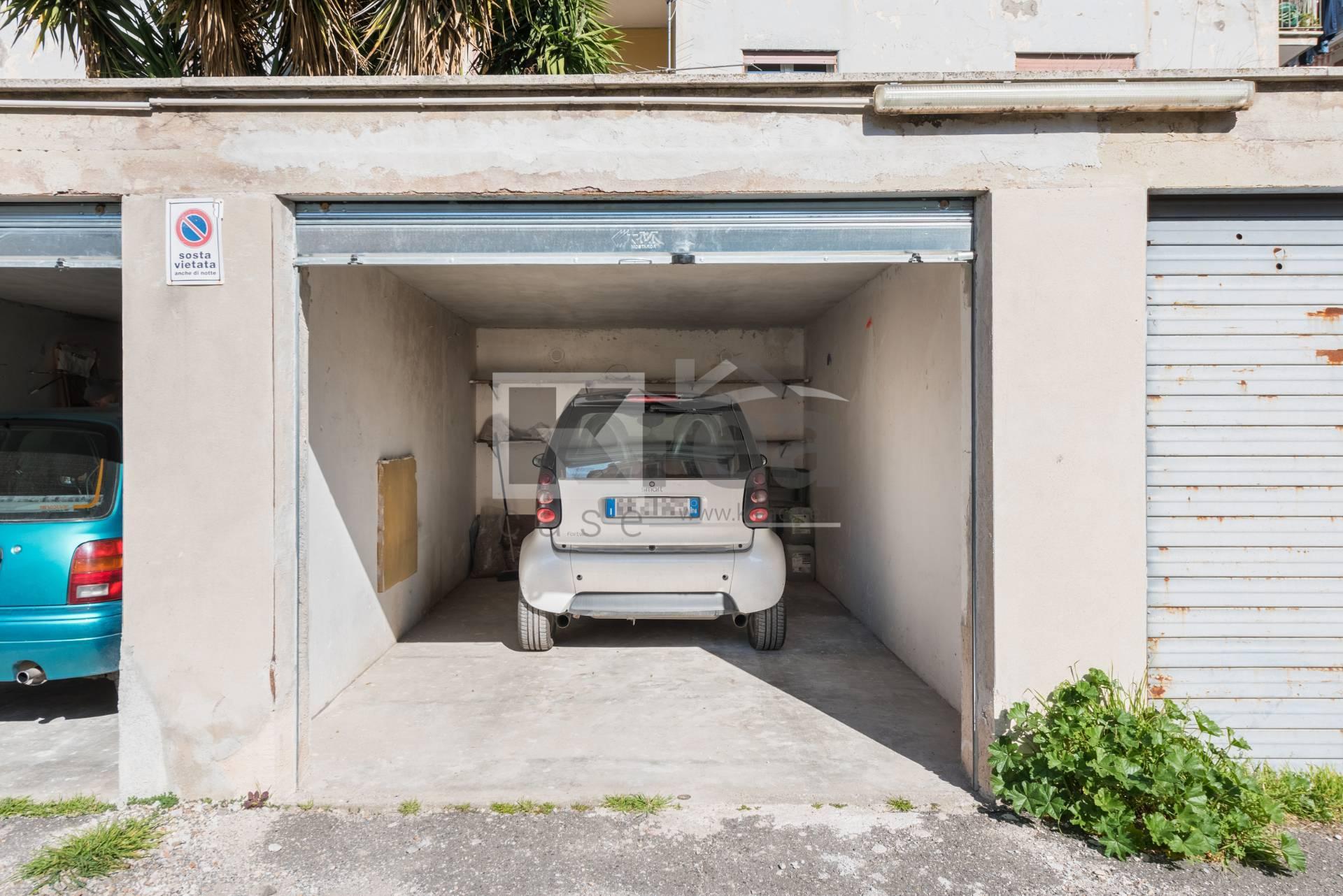 Box / Garage in vendita a Ciampino, 9999 locali, prezzo € 25.000   CambioCasa.it