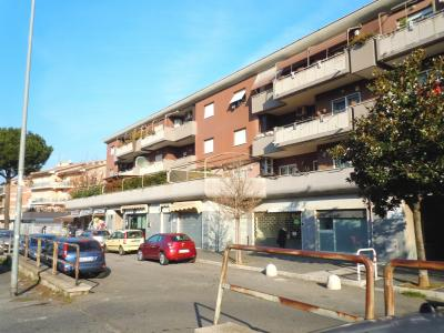 Locale commerciale in Affitto a Roma