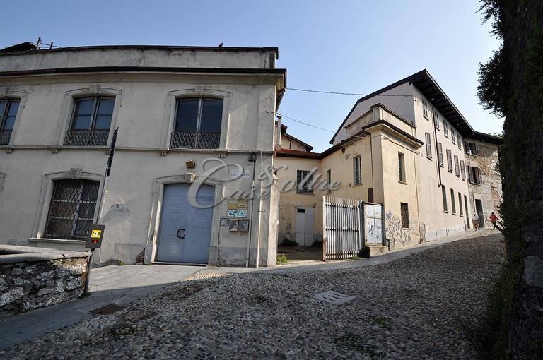 Ufficio / Studio in vendita a Cantù, 9999 locali, prezzo € 495.000 | CambioCasa.it