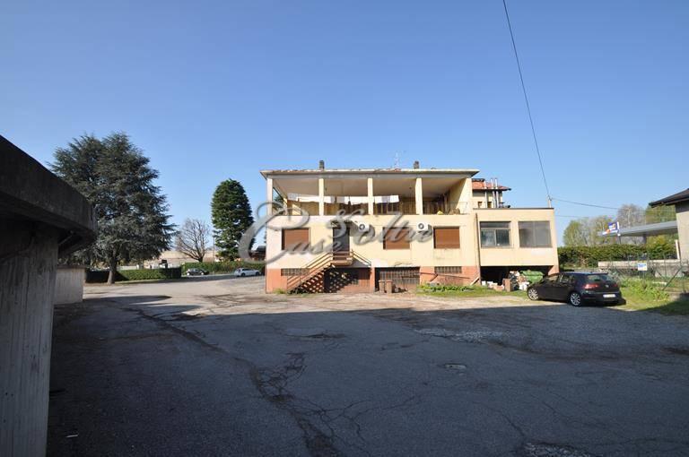 Magazzino in affitto a Socco, Fino Mornasco (CO)