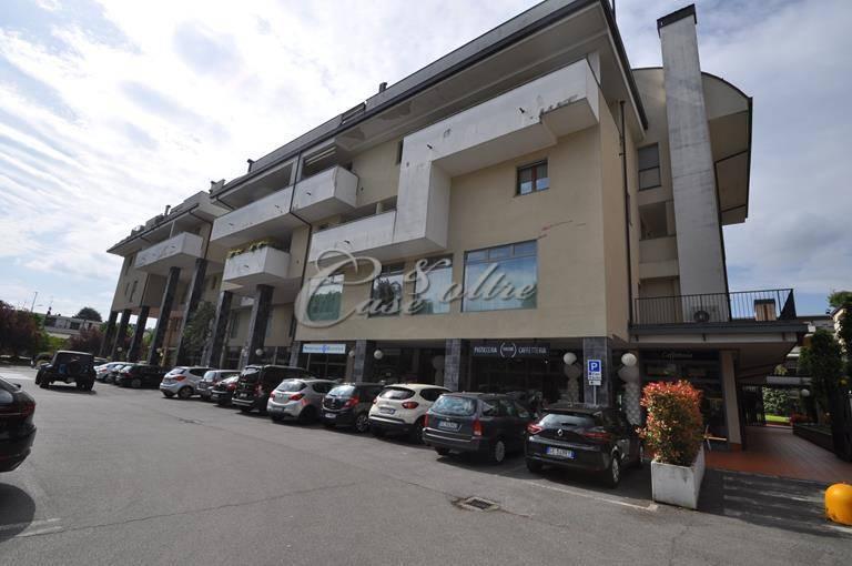 Negozio / Locale in affitto a Mariano Comense, 9999 locali, prezzo € 650 | PortaleAgenzieImmobiliari.it
