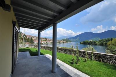 Villa Trifamiliare in Vendita a Ossuccio