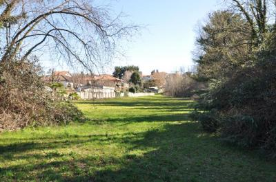 Terreno edificabile residenziale in Vendita a Vertemate con Minoprio