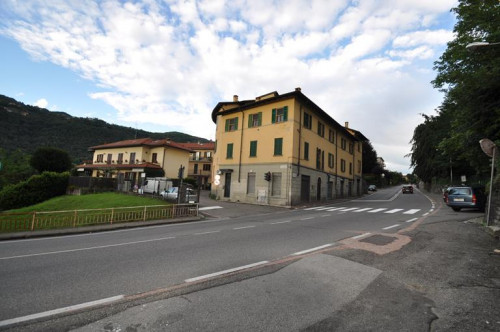 Two rooms apartment for Sale to Como