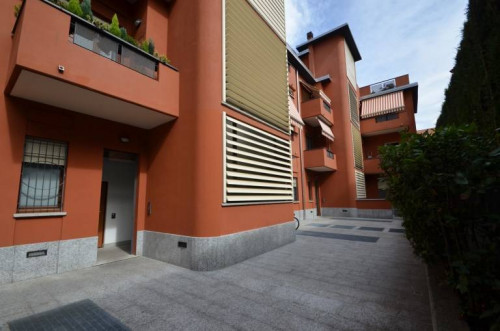 Two rooms apartment for Sale to Cantù