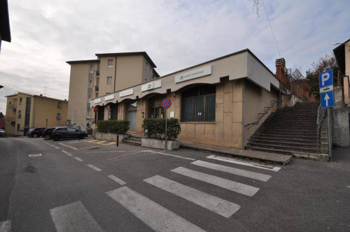 Commercial room for Sale to Figino Serenza