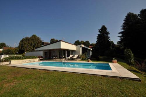 Villa in Vendita a Carimate