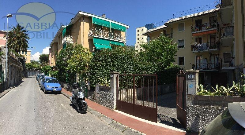 Appartamento in affitto a Recco, 5 locali, prezzo € 600 | Cambio Casa.it