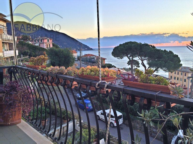 Appartamento in affitto a Recco, 6 locali, prezzo € 750 | Cambio Casa.it