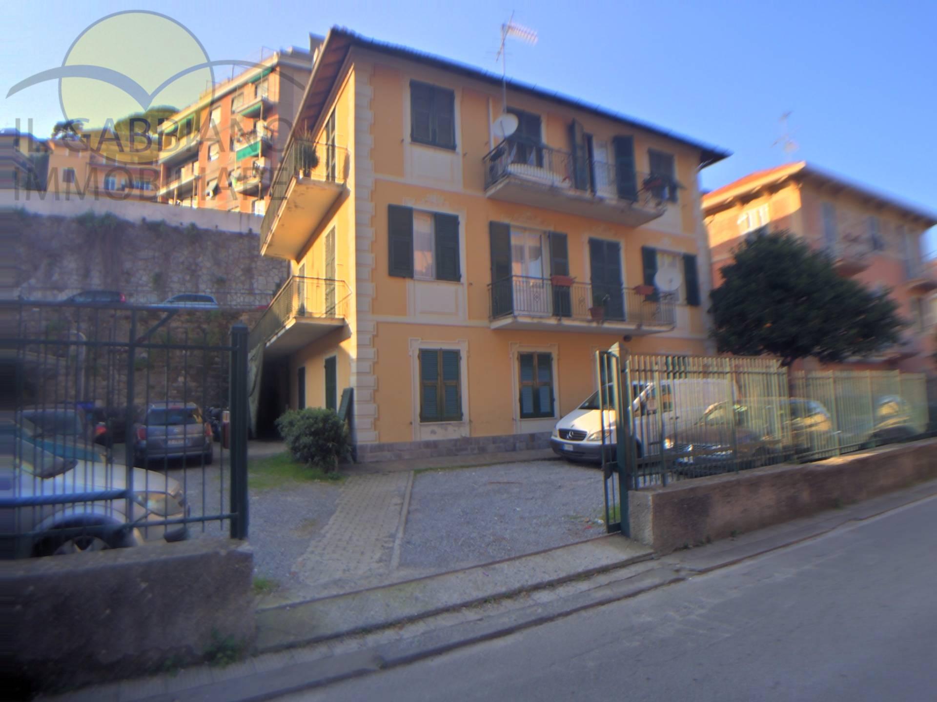 Ufficio / Studio in affitto a Recco, 9999 locali, prezzo € 800 | Cambio Casa.it