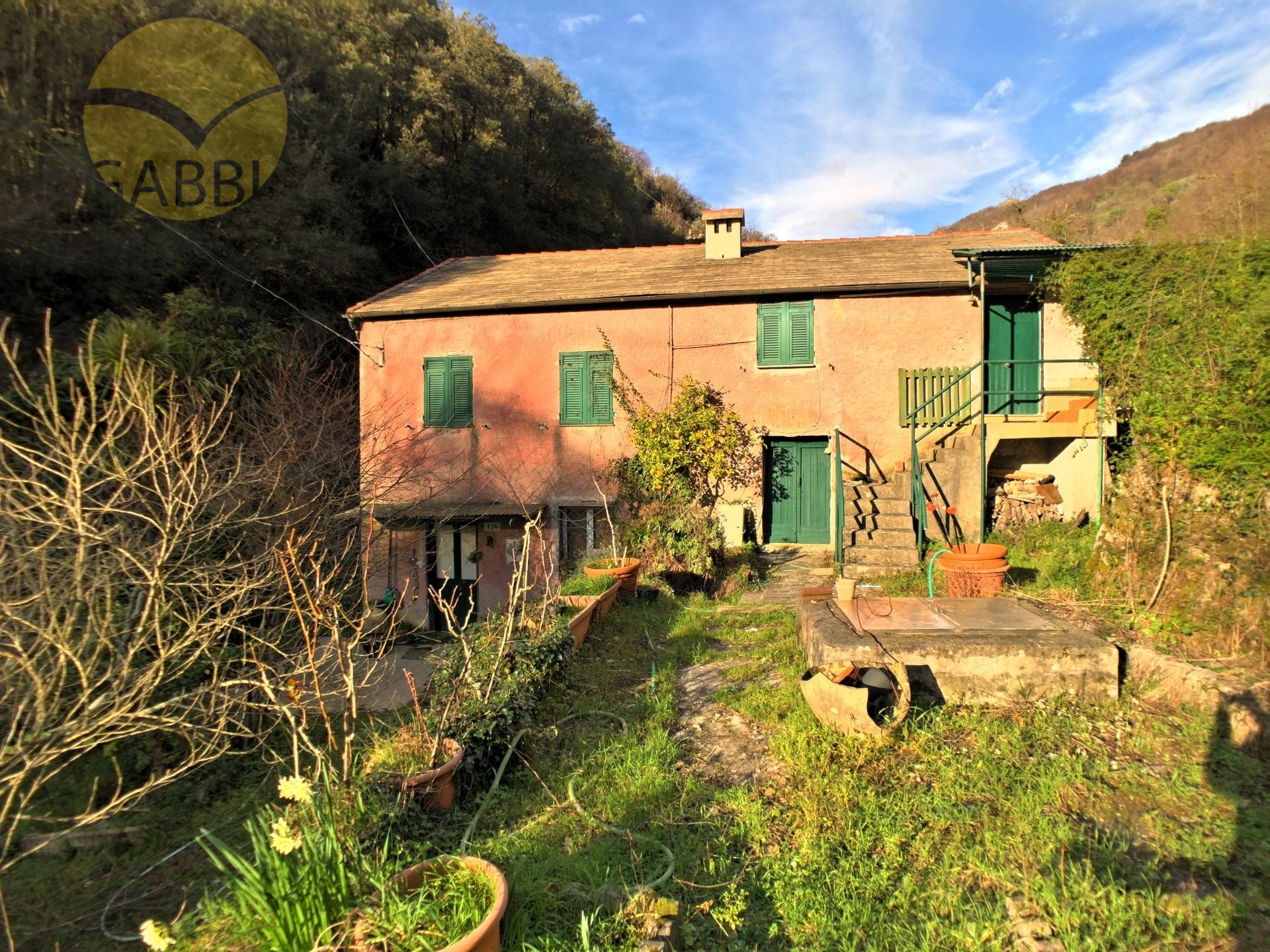 Appartamento in vendita a Sori, 7 locali, zona Zona: Capreno, prezzo € 160.000 | CambioCasa.it