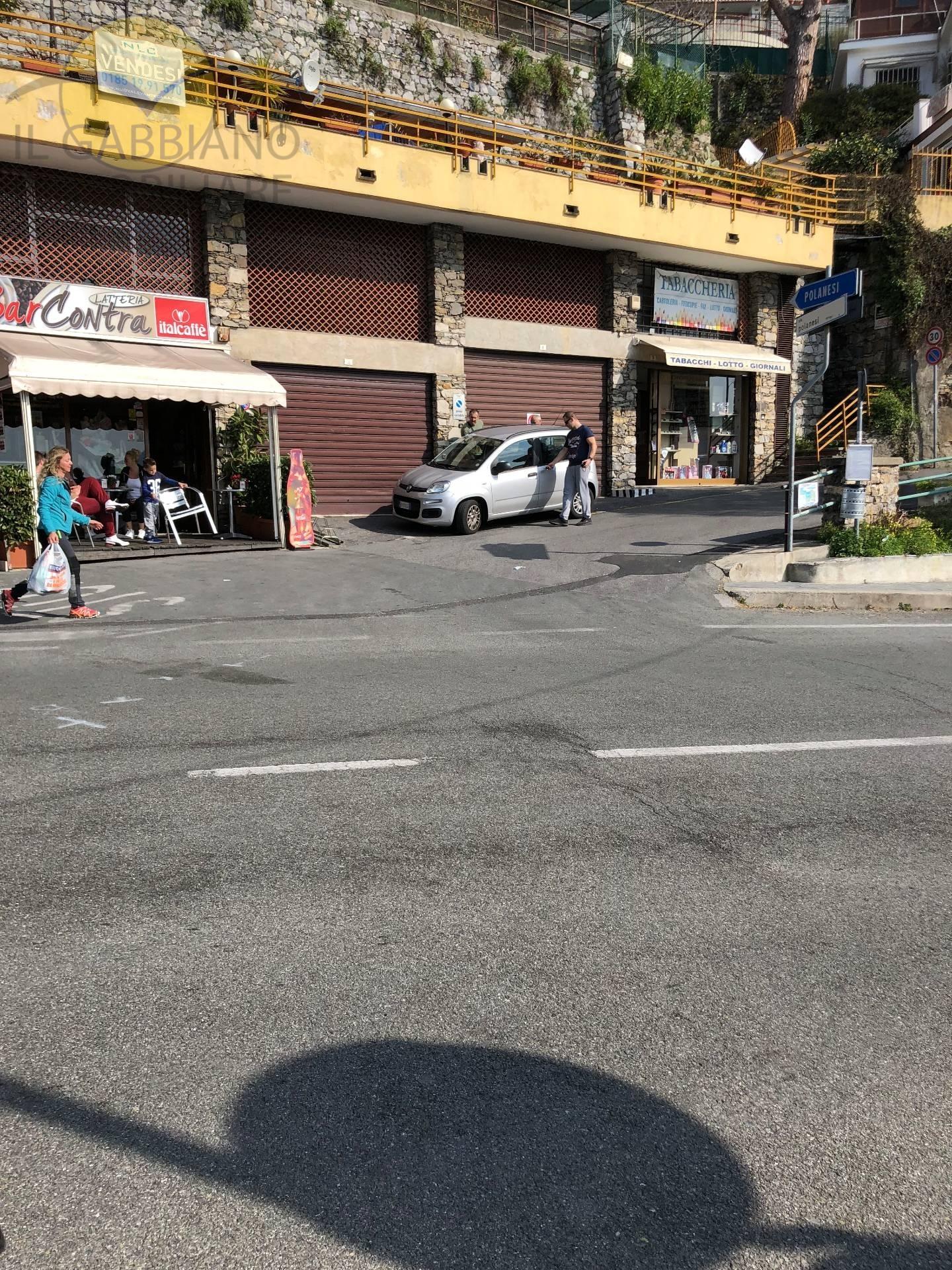 Negozio / Locale in vendita a Sori, 9999 locali, zona Località: contra, prezzo € 130.000 | CambioCasa.it
