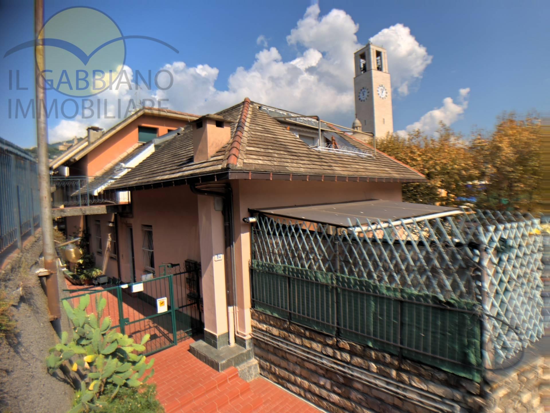 Appartamento in affitto a Recco, 4 locali, zona Località: Centro, prezzo € 600 | PortaleAgenzieImmobiliari.it