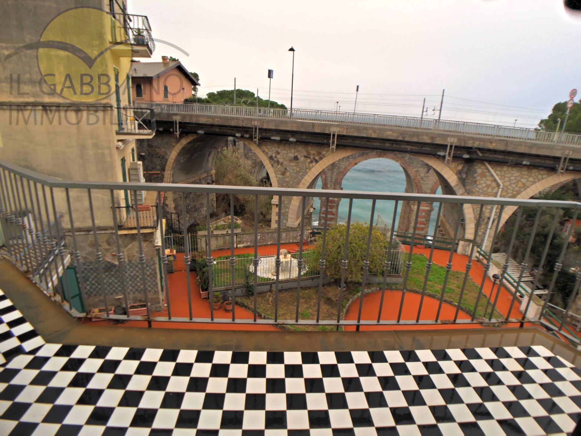 Appartamento in affitto a Recco, 3 locali, zona Località: Mulinetti, prezzo € 550   CambioCasa.it