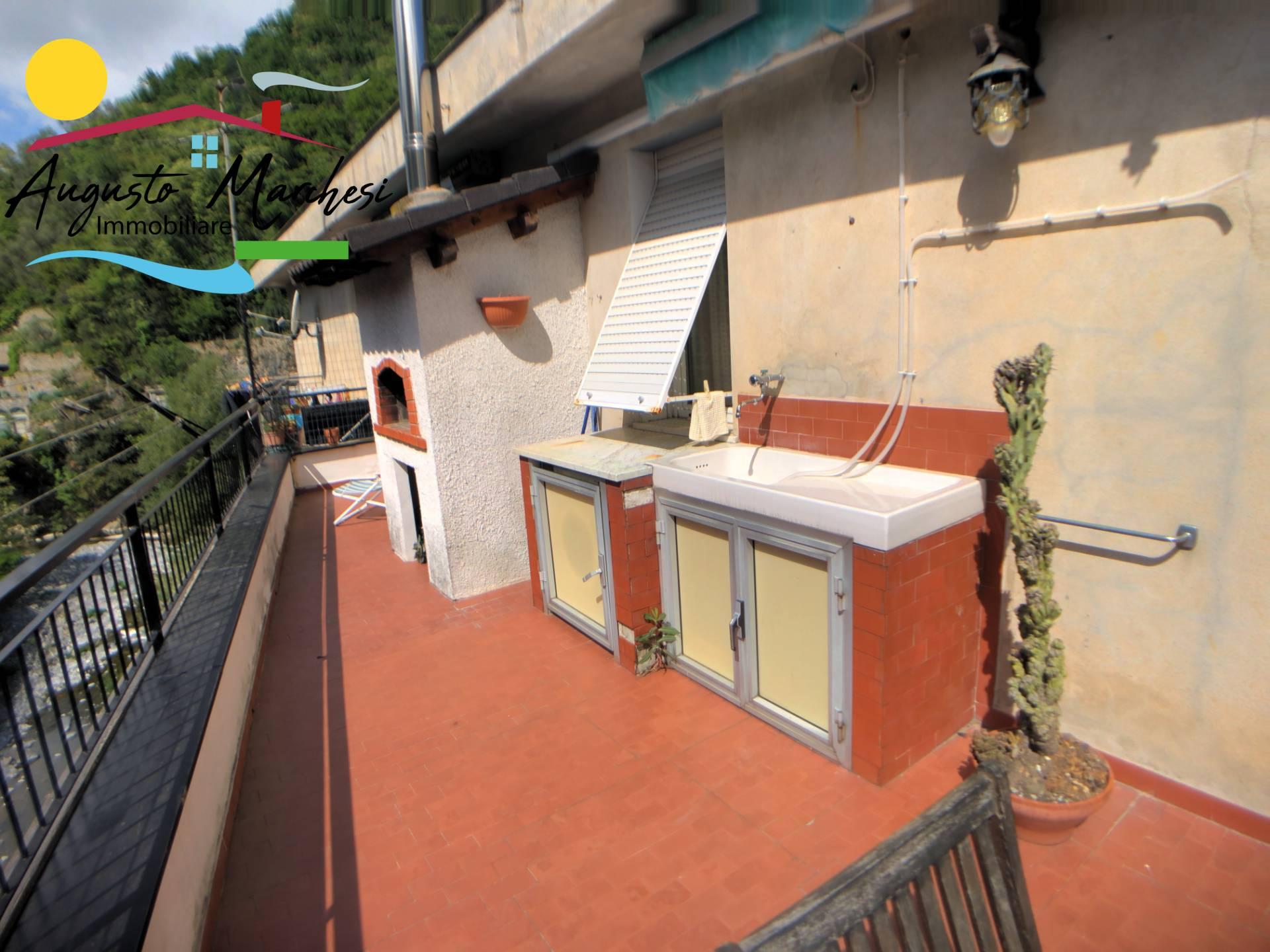Appartamento in affitto a Avegno, 5 locali, prezzo € 650 | PortaleAgenzieImmobiliari.it
