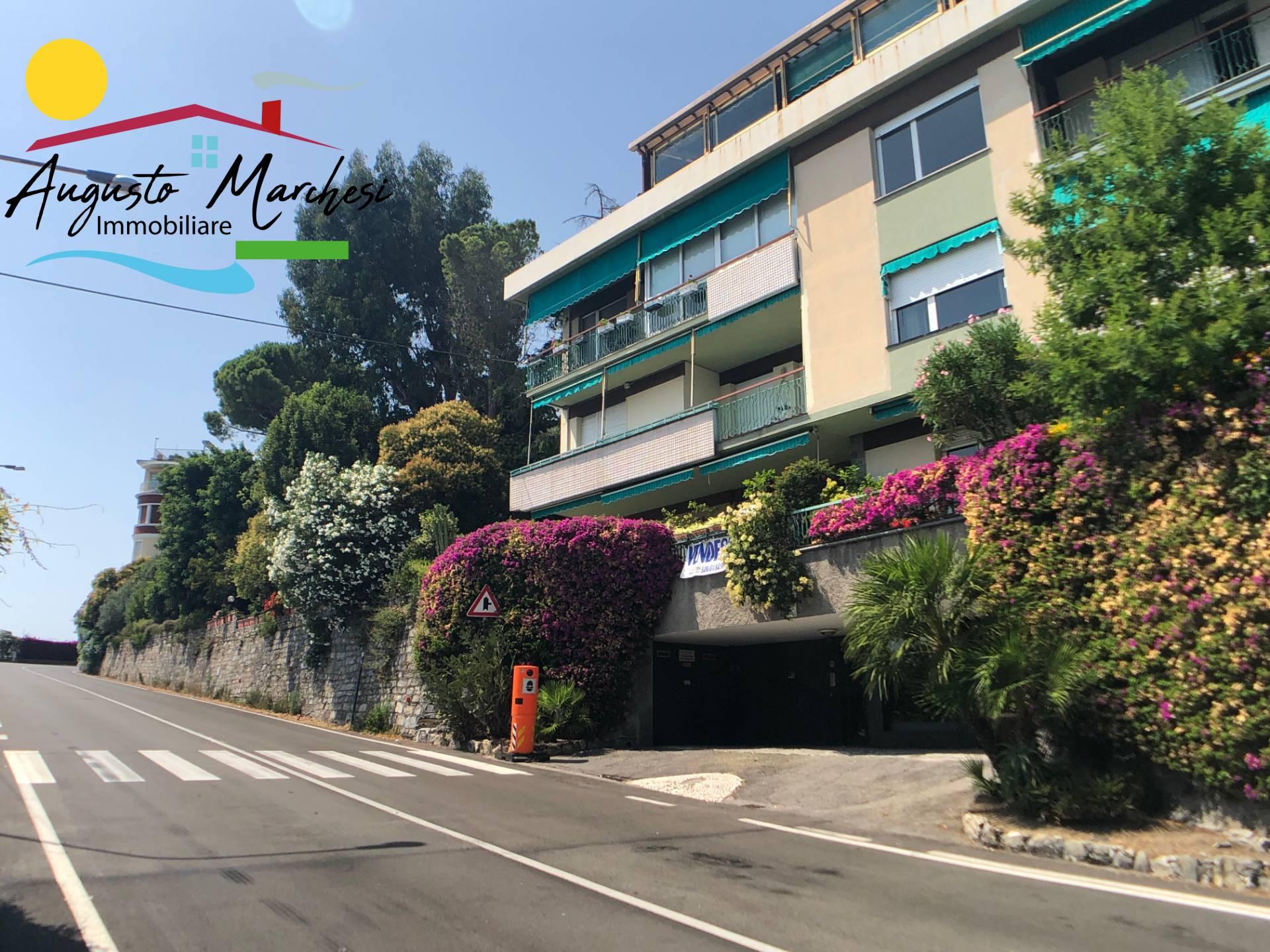 Appartamento in vendita a Sori, 7 locali, zona Località: polanesi, prezzo € 490.000 | CambioCasa.it