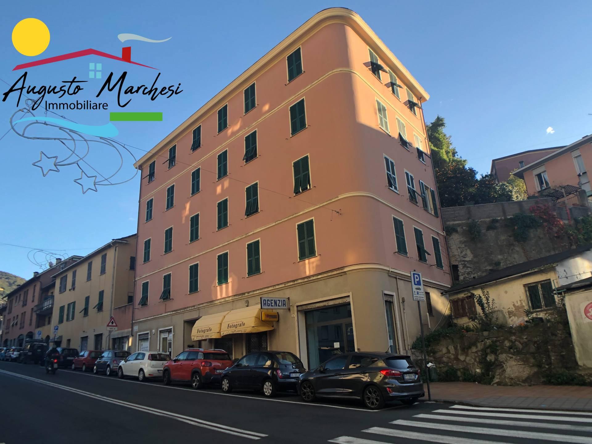Appartamento in vendita a Recco, 6 locali, zona Località: Centro, prezzo € 189.000   PortaleAgenzieImmobiliari.it