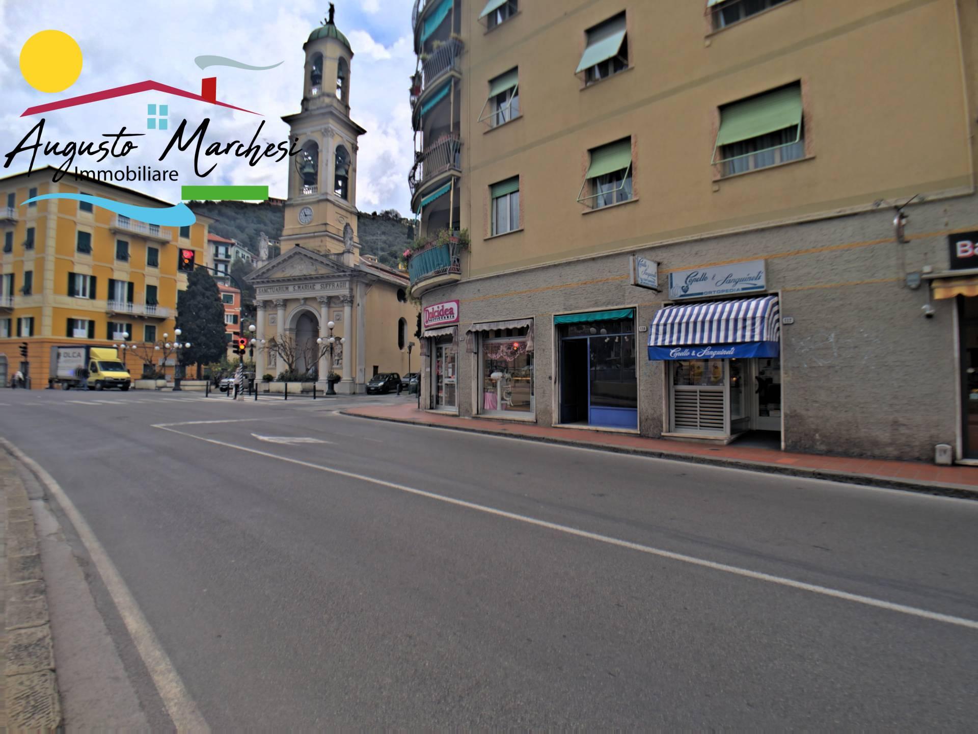 Negozio / Locale in affitto a Recco, 9999 locali, zona Località: Centrale, prezzo € 550 | PortaleAgenzieImmobiliari.it