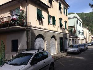 Warehouse for Sale to Recco