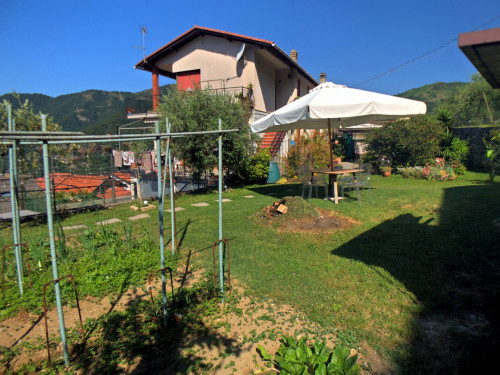 Apartment with private access for Sale to Avegno