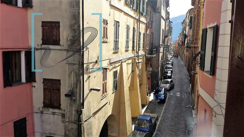 Appartamento in vendita a Pieve di Teco, 4 locali, prezzo € 95.000 | CambioCasa.it