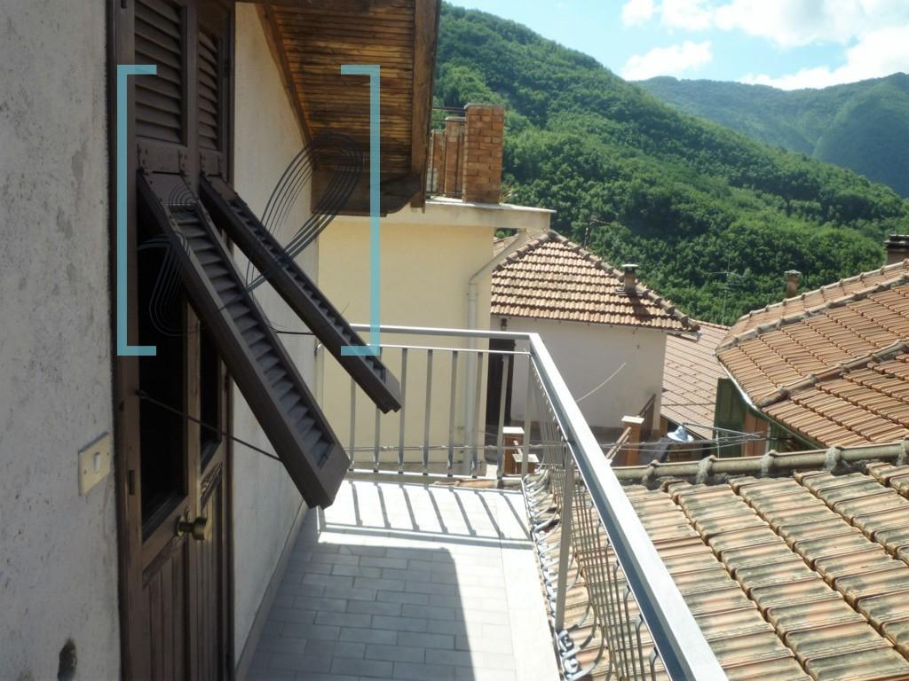 Appartamento in vendita a Armo, 2 locali, prezzo € 28.000 | CambioCasa.it