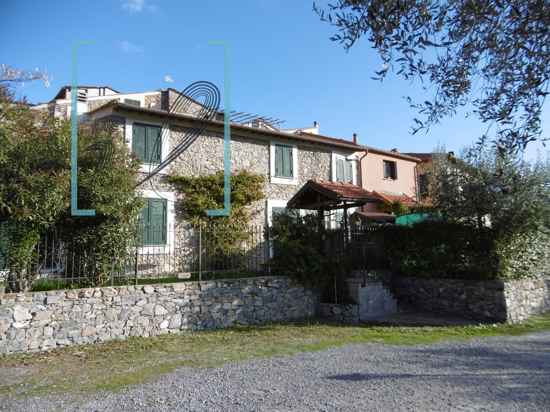 Rustico / Casale in vendita a Ranzo, 2 locali, prezzo € 58.000 | CambioCasa.it