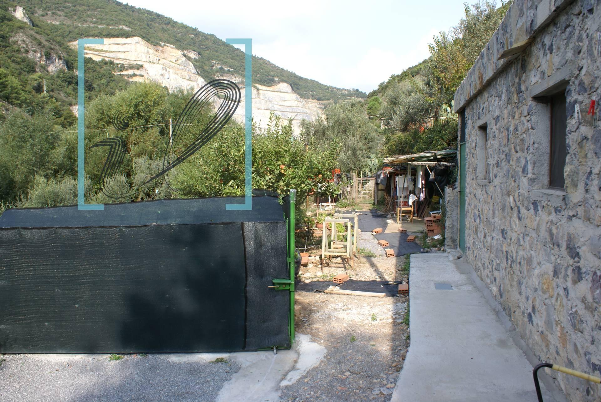 Rustico / Casale in vendita a Zuccarello, 1 locali, zona Zona: Martinetto, prezzo € 75.000 | CambioCasa.it