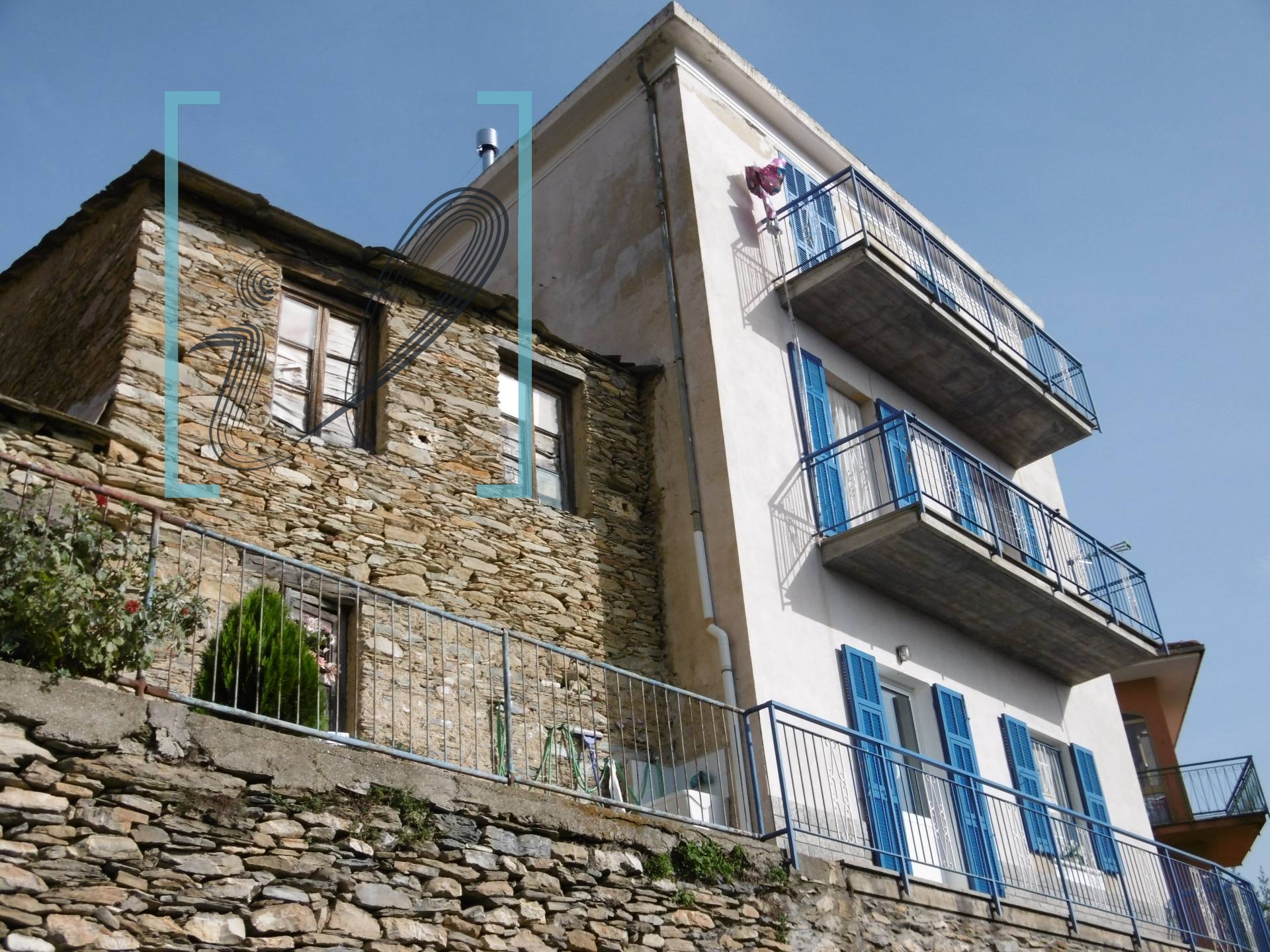 Rustico / Casale in vendita a Borghetto d'Arroscia, 7 locali, prezzo € 88.000 | CambioCasa.it