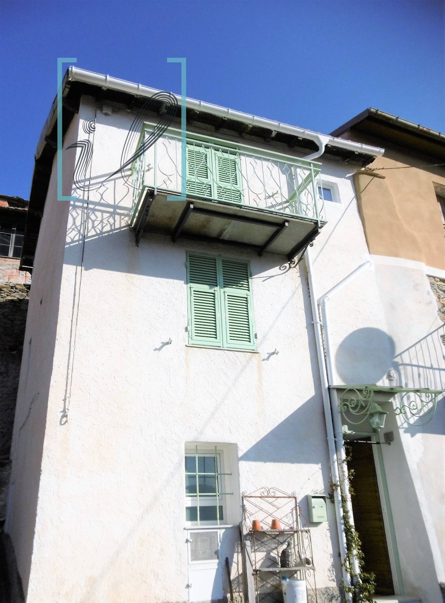Rustico / Casale in vendita a Borghetto d'Arroscia, 3 locali, prezzo € 48.000 | CambioCasa.it