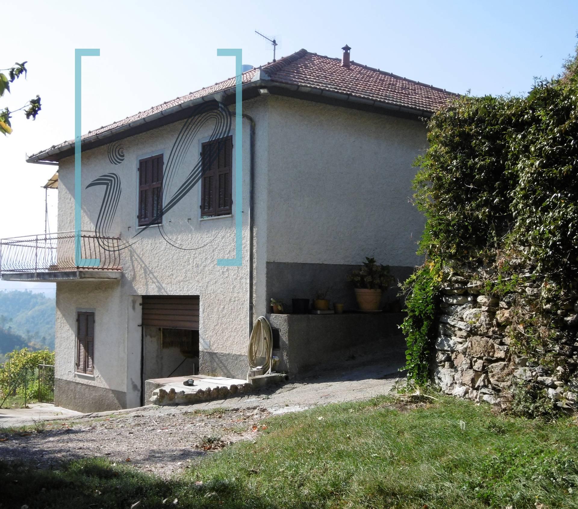 Soluzione Indipendente in vendita a Ranzo, 6 locali, prezzo € 148.000 | CambioCasa.it